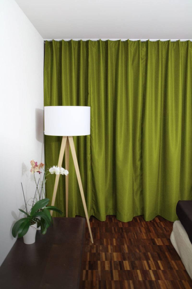 blickdichter vorhang olivegrün hell bei geschlossener store, Deko ideen