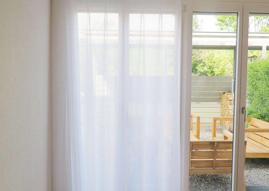 vorhang halbgeschlossen tagesvorhaenge stuttgart blickdicht weiss nach mass. Black Bedroom Furniture Sets. Home Design Ideas