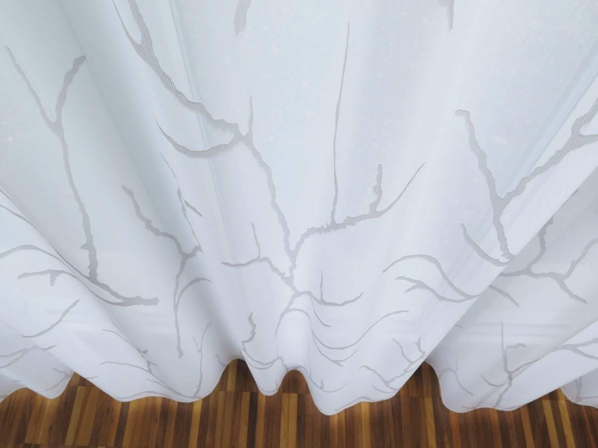 gardinen wei mit muster perfect gardinen weiss mit muster haus renovieren with gardinen wei mit. Black Bedroom Furniture Sets. Home Design Ideas