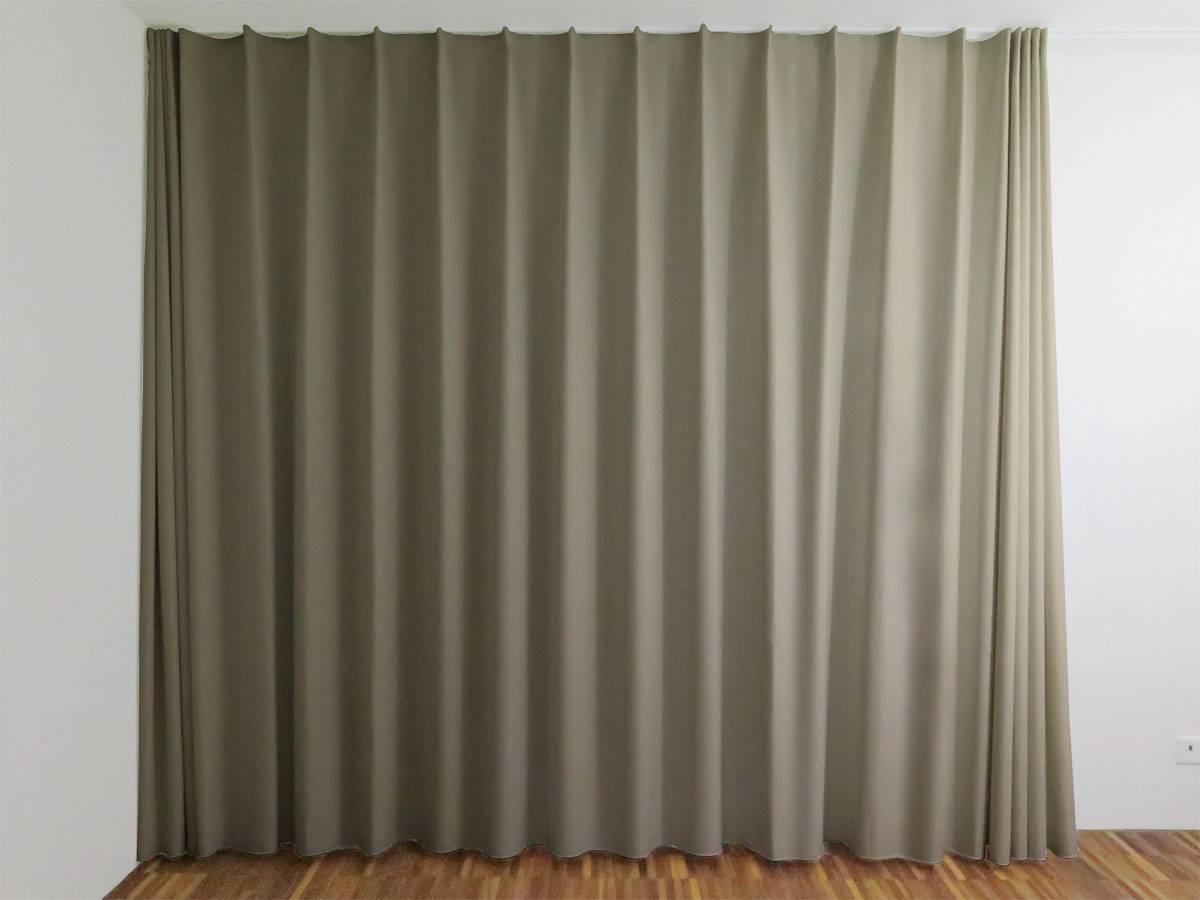 blickdichter vorhang zermatt in alpine chic graubraun online nach ma. Black Bedroom Furniture Sets. Home Design Ideas