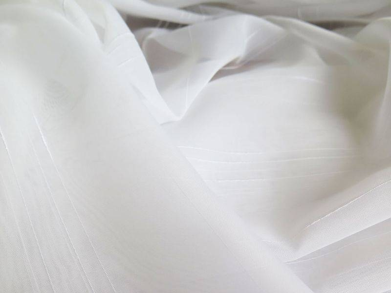 gardinen waschen so einfach geht 39 s. Black Bedroom Furniture Sets. Home Design Ideas